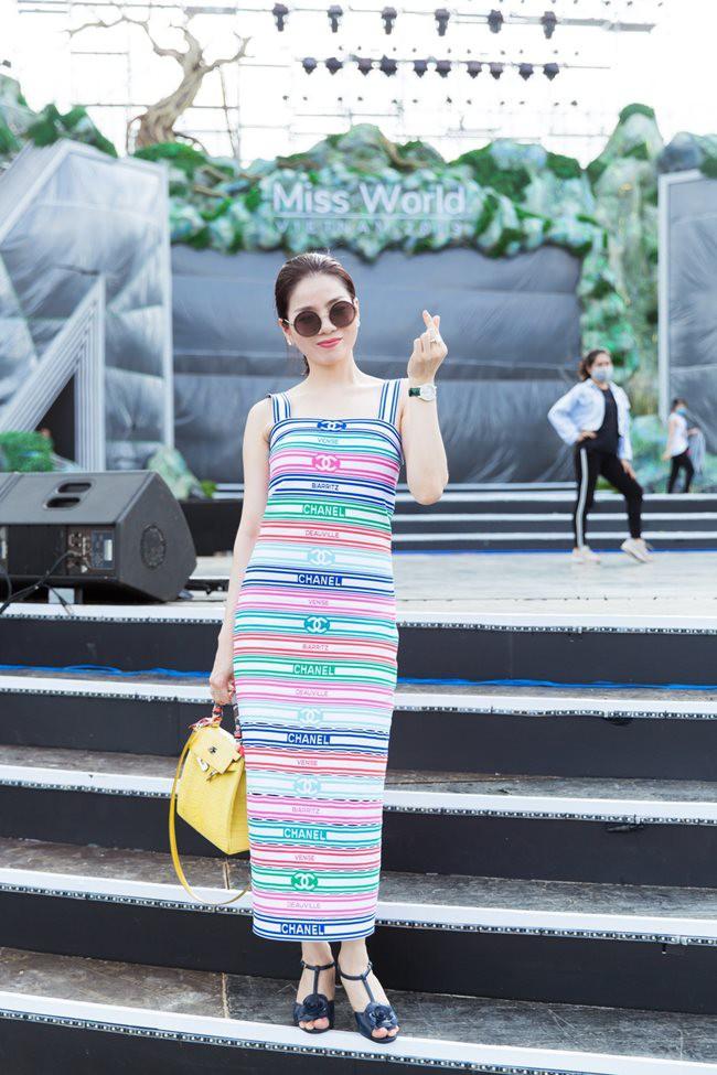 dam-Vinh-Hung-Hoang-Thuy-Linh-dan-sao-dinh-dam-du-tong-duyet-Miss-World-VN-2019-le-quyen-5-1564809384-width650height975