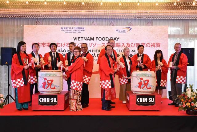 Người Nhật thích thú với trải nghiệm ẩm thực mới lạ từ tương ớt CHIN-SU - Ảnh 2.