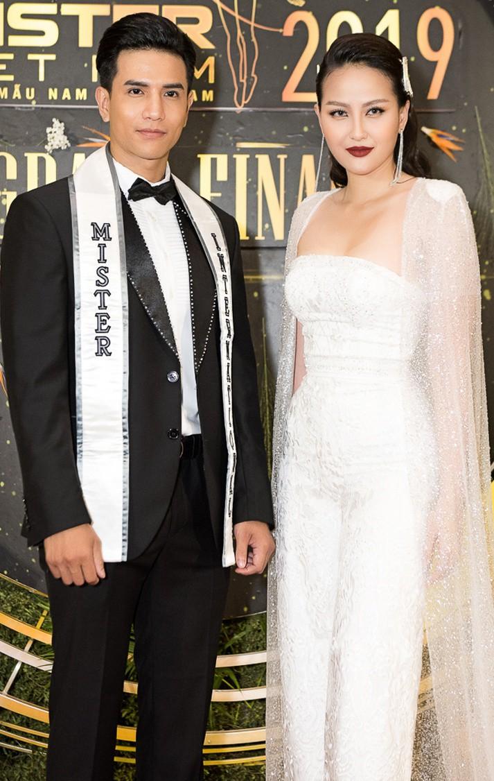Nam vương Trịnh Bảo và Miss Globe Đỗ Trần Khánh Ngân