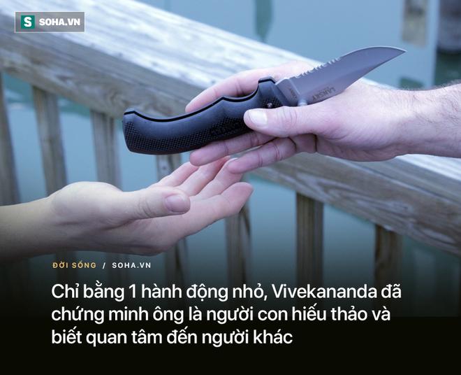 Nhận con dao từ tay con trai, người mẹ biết mình đã dạy dỗ con nên người - Ảnh 3.