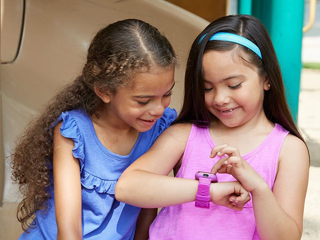 Ipad và trò chơi điện tử đôi khi không phải là thứ mà con bạn thực sự mong muốn: Hãy là bậc cha mẹ thông minh và tặng cho trẻ những món quà ý nghĩa nhất đối với chúng - Ảnh 1.