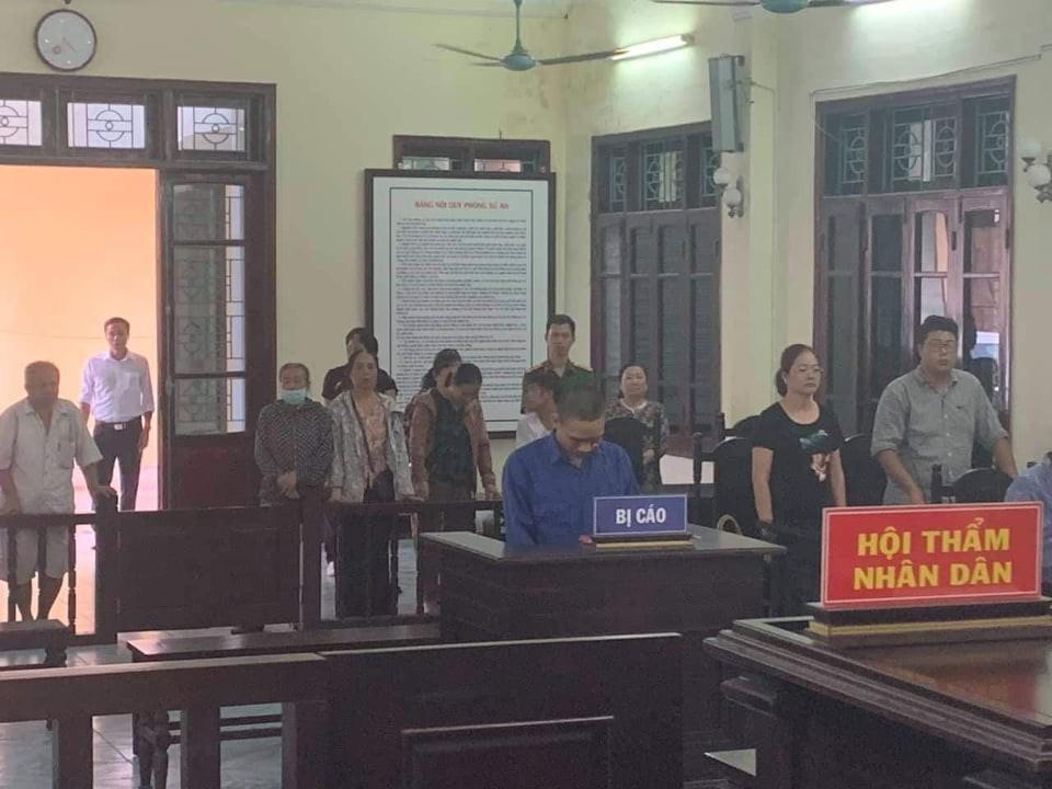 Cựu Bí thư đoàn phường ở Thái Bình lĩnh 2 năm tù vì dâm ô bé gái 11 tuổi - Ảnh 3.
