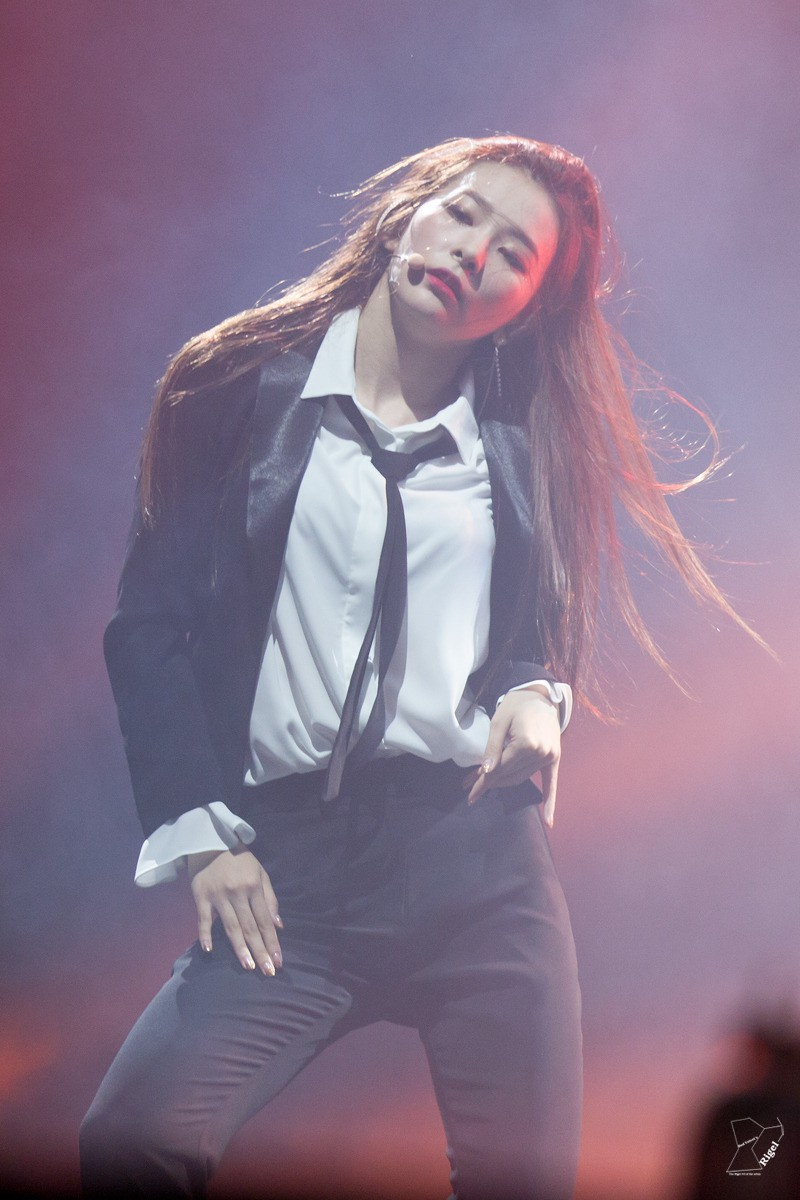 red_room_rv_1st_concert_seulgi_3_3