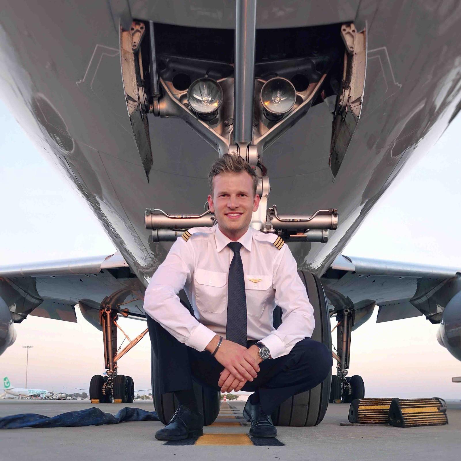 """Liệu bạn có tò mò về nghề phi công - nghề nghiệp được cho là """"hào nhoáng"""" và """"sung sướng"""" bậc nhất? - Ảnh 5."""