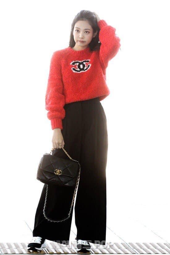 """Phượng Chanel và Jennie (Black Pink): Khi hai """"nàng thơ của Chanel"""" đụng hàng, thật khó để phân định ai hơn ai - Ảnh 4."""
