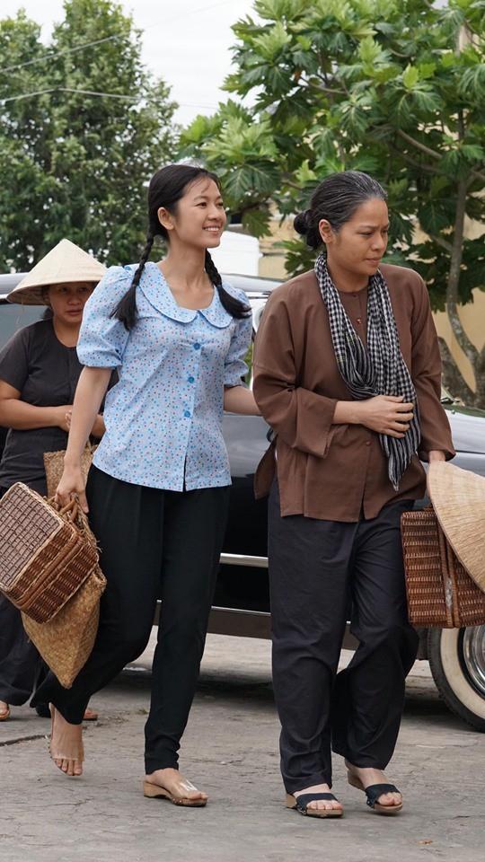 """""""Tiếng sét trong mưa"""": Cô gái lạ mặt cực xinh xuất hiện bên Nhật Kim Anh, fan đồn đoán Thị Bình đã sinh con  - Ảnh 1."""