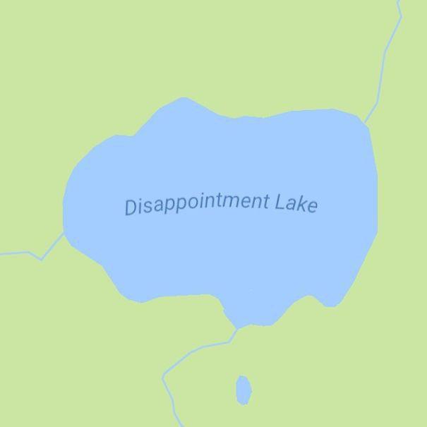 Tìm kiếm những địa danh buồn bã nhất thế giới qua Google Maps rồi in sách bán, anh chàng kiếm bộn tiền - Ảnh 4.