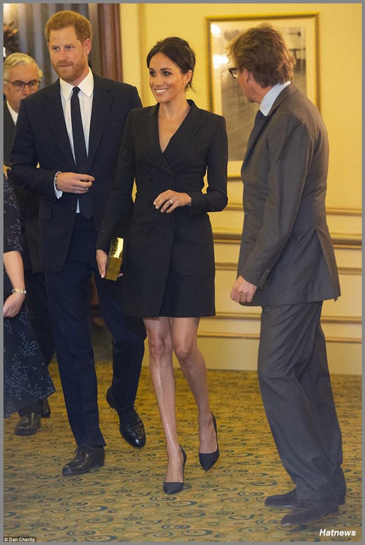 """Meghan Markle bao lần như """"tát vào mặt"""" cả Hoàng gia Anh, lên đồ lấn lướt cả Công nương Diana và Kate Middleton - Ảnh 6."""