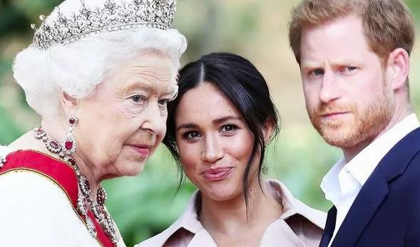 """Hé lộ thông tin Nữ hoàng từng """"nhún nhường"""" cháu dâu Meghan Markle, đích thân gọi điện thoại hỏi thăm nhưng bị đối xử phũ phàng - Ảnh 1."""