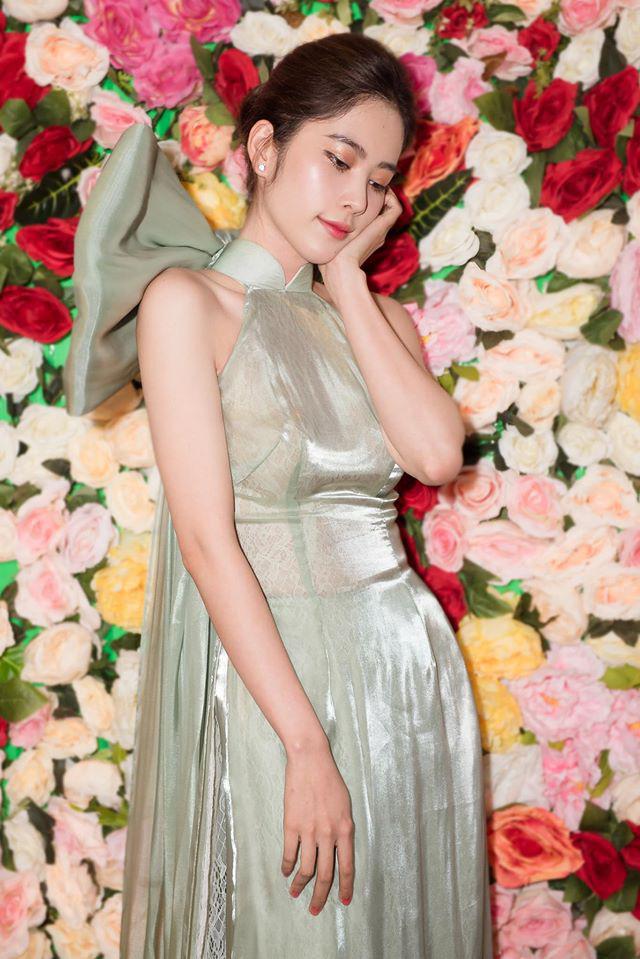 Chuyện váy áo của Nam Em sóng gió như chính cô vậy: Lúc lên bổng lúc xuống trầm, thời gian gần đây khiến nhiều người bất ngờ - Ảnh 4.