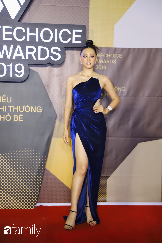 Không hẹn mà gặp, cả dàn Bông hậu Vbiz rủ nhau diện tông màu xanh hottrend trên thảm đỏ Wechoice 2019 - Ảnh 3.