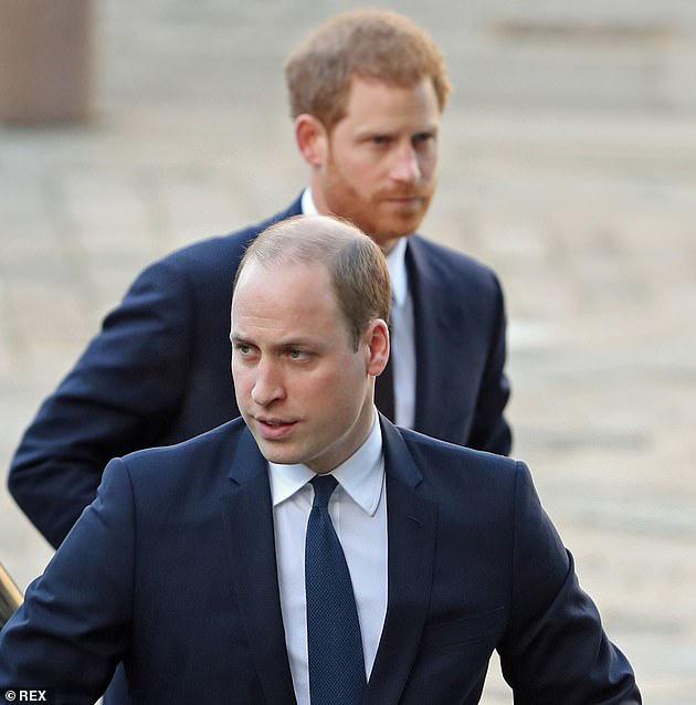 Cuối cùng Công nương Kate cũng chính thức lộ diện sau cú sốc của vợ chồng em dâu Meghan Markle với gương mặt ảm đạm - Ảnh 3.