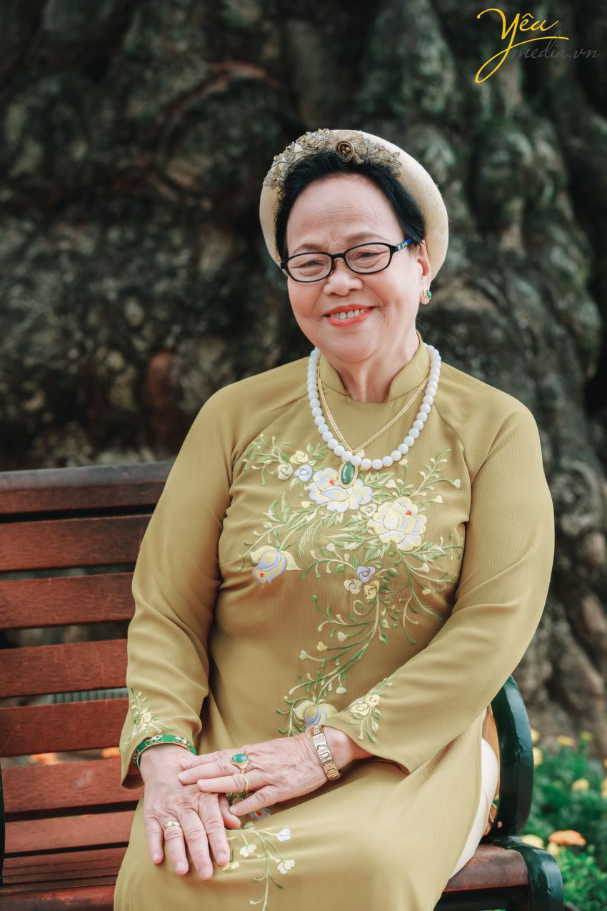 Bộ ảnh chụp kỉ niệm 60 năm ngày cưới siêu lãng mạn tại Hà Nội - Ảnh 7.