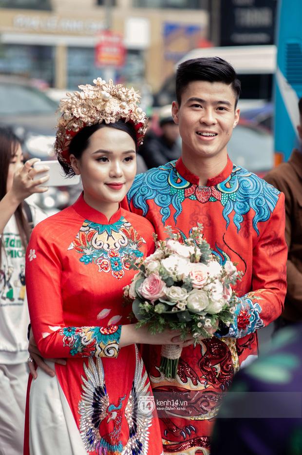 Hôm nay Duy Mạnh đi hỏi vợ nhưng nhân vật hot nhất Xã Đàn lại là chị gái cô dâu: Mẹ 1 con tuổi 30, tóc ngắn siêu sang - Ảnh 1.