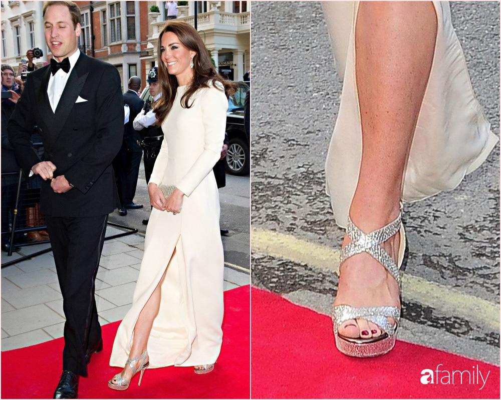 """Nổi tiếng dung dị, nhưng hóa ra Công nương Kate Middleton cũng từng phá luật """"chất chơi"""" nào kém Meghan Markle - Ảnh 2."""