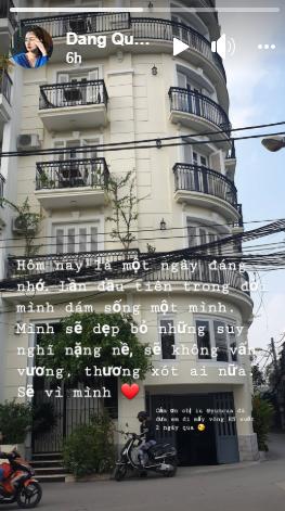 """MC Đặng Quỳnh Chi đăng tải dòng trạng thái ẩn ý """"đường ai nấy đi"""" với """"người tình tin đồn đồng giới""""? - Ảnh 1."""