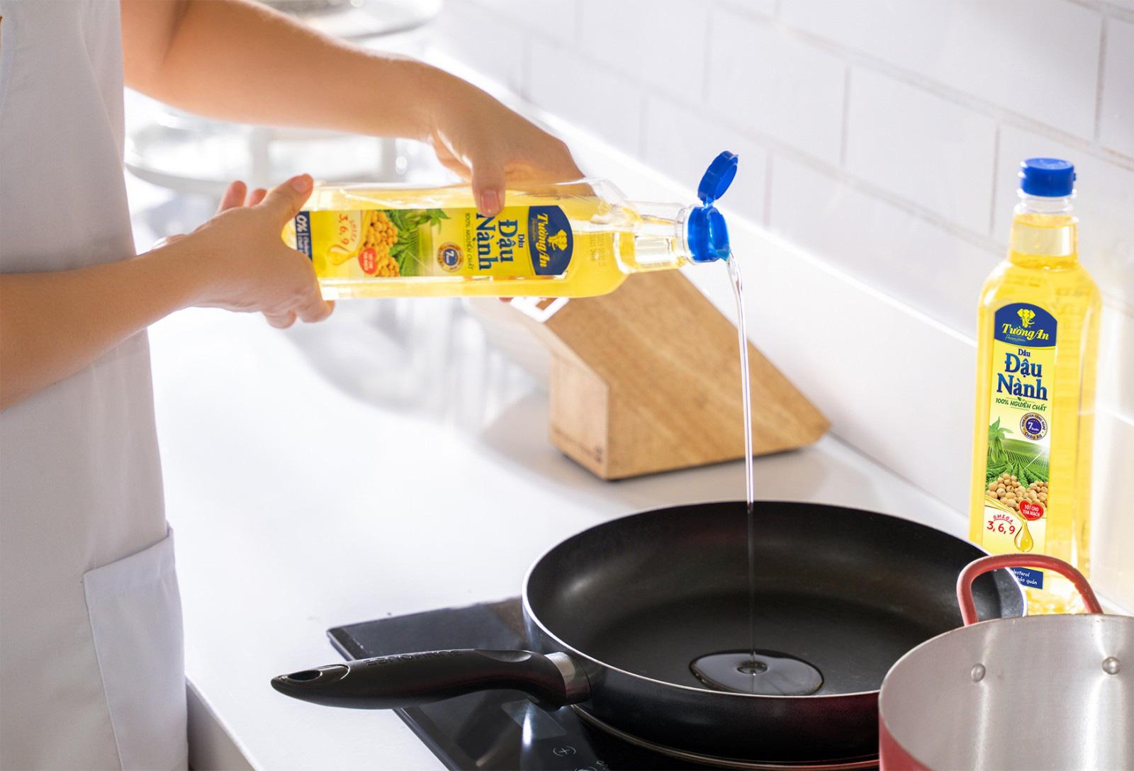 Thời đại công nghệ - Chọn dầu ăn cũng cần lấy công nghệ làm đầu để bảo đảm sức khỏe gia đình - Ảnh 1.