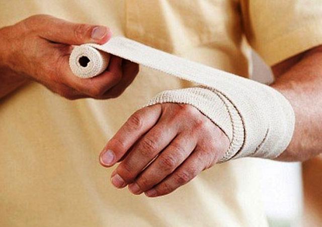 Bệnh nhi bị bỏng cồn nặng: Chuyên gia cảnh báo bố mẹ cần cảnh giác cao độ với tai nạn con dễ gặp khi nghỉ Tết dài - Ảnh 4.