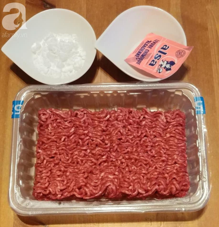 Blogger Liên Ròm chia sẻ cách làm bò viên nhanh ngon để dành ăn Tết cực tiện - Ảnh 1.