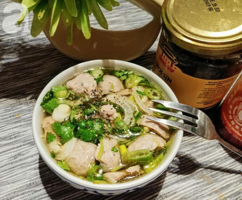 Blogger Liên Ròm chia sẻ cách làm bò viên nhanh ngon để dành ăn Tết cực tiện - Ảnh 8.