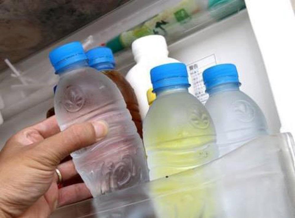 """Dọn nhà sạch sẽ để lấy may, các gia đình cần khẩn trương ném bỏ những thứ mệnh danh là """"ổ vi khuẩn"""" này, nếu tiếc của còn rước thêm bệnh - Ảnh 5."""
