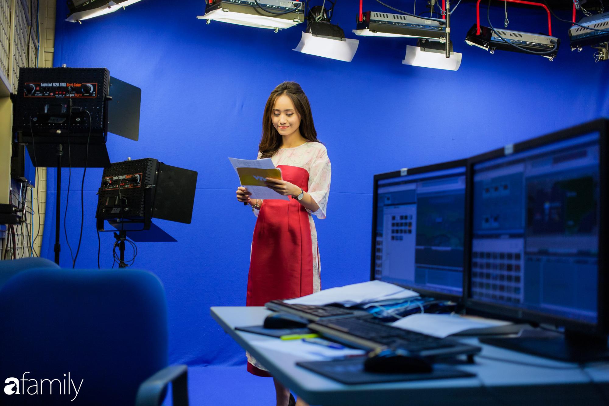Gặp BTV Thời tiết Xuân Anh vào ngày Tết: Vẫn đi làm bình thường, đó là cái hay của nghề truyền hình - Ảnh 6.