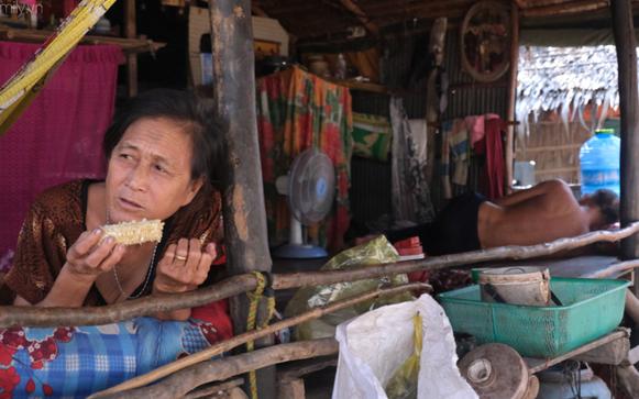 """Biên giới Vĩnh Hưng, nơi những gia đình """"Việt kiều"""" Biển hồ trở về làm lại từ đầu: Tết này, họ đã có ngôi nhà mới!"""