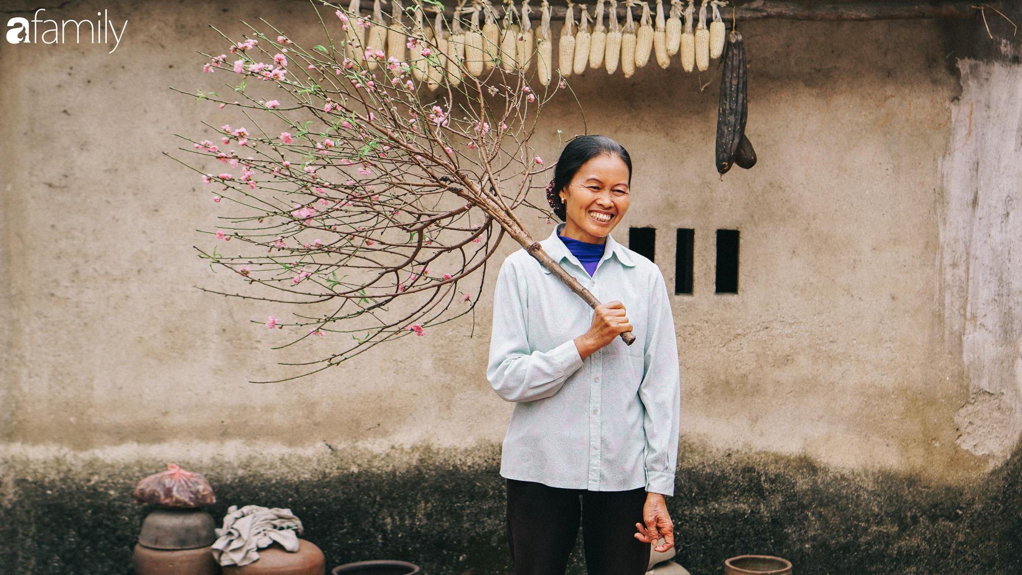 """Gặp hai mẹ con """"Ẩm thực mẹ làm"""" sau 1 năm nổi tiếng: Nếp nhà vẫn như xưa, mảnh vườn thì lớn hơn và hai mẹ con cùng phấn đấu triệu sub cho năm sau - Ảnh 12."""