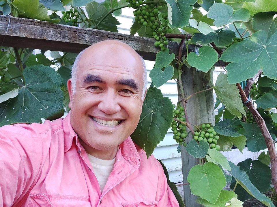 Khu vườn đầy ắp rau xanh và trái ngọt của người đàn ông yêu thích trồng trọt - Ảnh 2.