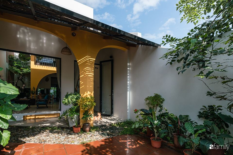 Ngôi nhà gắn liền với những hoài niệm xưa cũ đẹp bình yên dưới những bóng cây ở Quảng Nam - Ảnh 21.