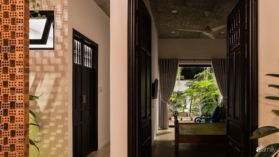 Ngôi nhà gắn liền với những hoài niệm xưa cũ đẹp bình yên dưới những bóng cây ở Quảng Nam - Ảnh 20.