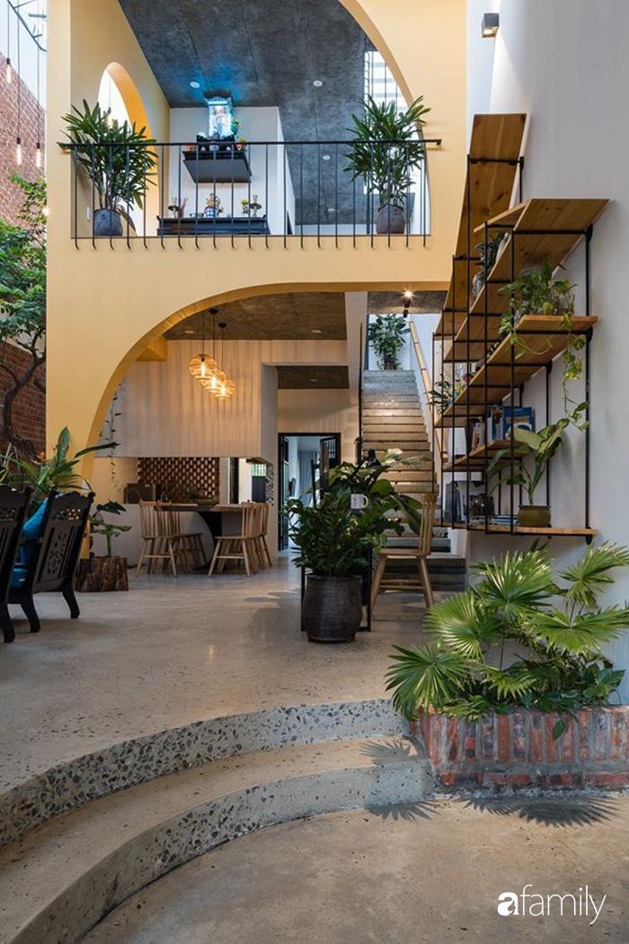Ngôi nhà gắn liền với những hoài niệm xưa cũ đẹp bình yên dưới những bóng cây ở Quảng Nam - Ảnh 6.