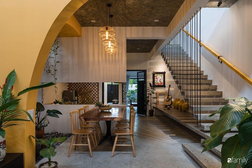 Ngôi nhà gắn liền với những hoài niệm xưa cũ đẹp bình yên dưới những bóng cây ở Quảng Nam - Ảnh 7.