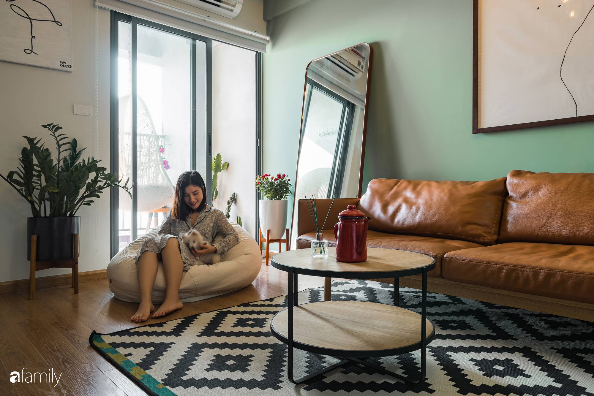 Căn hộ 60m2 với thiết kế tiện nghi, thoải mái cho vợ chồng trẻ cùng thú cưng có chi phí 50 triệu đồng ở Hà Nội - Ảnh 3.