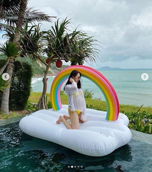 Joyce Phạm- con gái đại gia Minh Nhựa khoe loạt ảnh bầu bí vượt mặt diện bikini vẫn quyến rũ hết phần người khác  - Ảnh 6.
