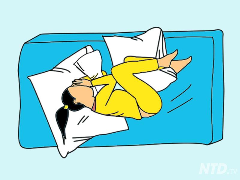 8 tư thế ngủ giúp cải thiện sức khỏe cho dân công sở bị đau lưng, vai và bệnh xoang - Ảnh 2.