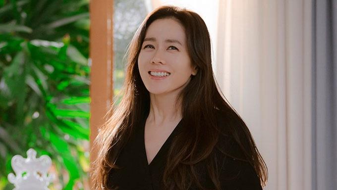 """Nhan sắc U40 của Son Ye Jin trong """"Hạ cánh nơi anh"""": Bí mật bây giờ mới được bật mí - Ảnh 3."""