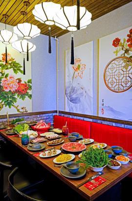 Wucheng Hotpot – Giữa xứ ngàn hoa đắm chìm trong món lẩu Đài Loan - Ảnh 4.