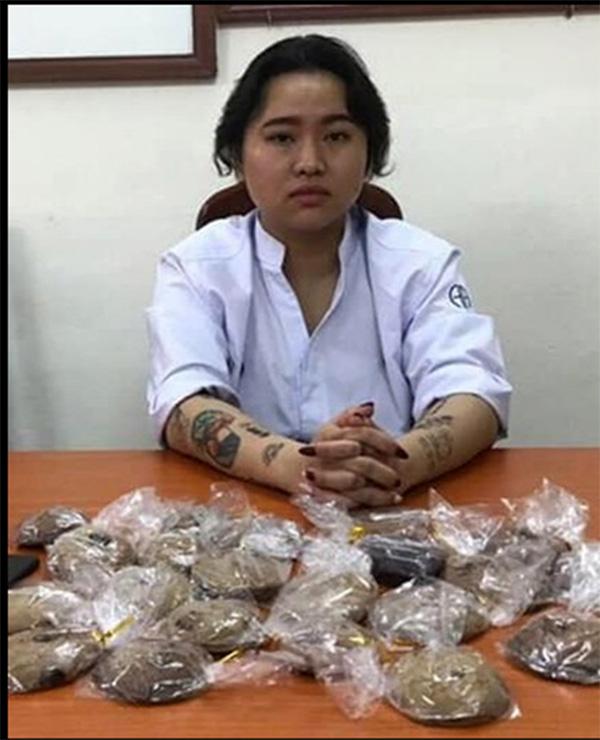 Cặp đôi đi nước ngoài học cách tẩm cần sa vào bánh để bán ở Hà Nội - Ảnh 1.