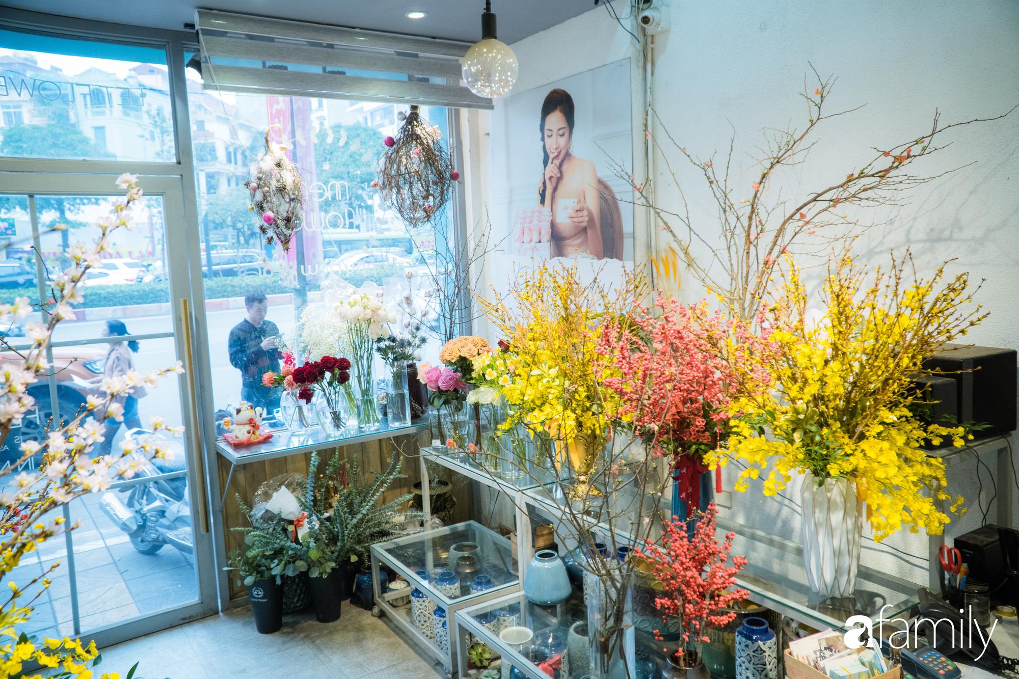 """Ngắm những loài hoa nhập khẩu đẹp lạ """"sang chảnh"""" để hiểu tại sao các đại gia Hà thành sẵn sàng chi 50 triệu sắm hoa đẹp chơi Tết - Ảnh 1."""
