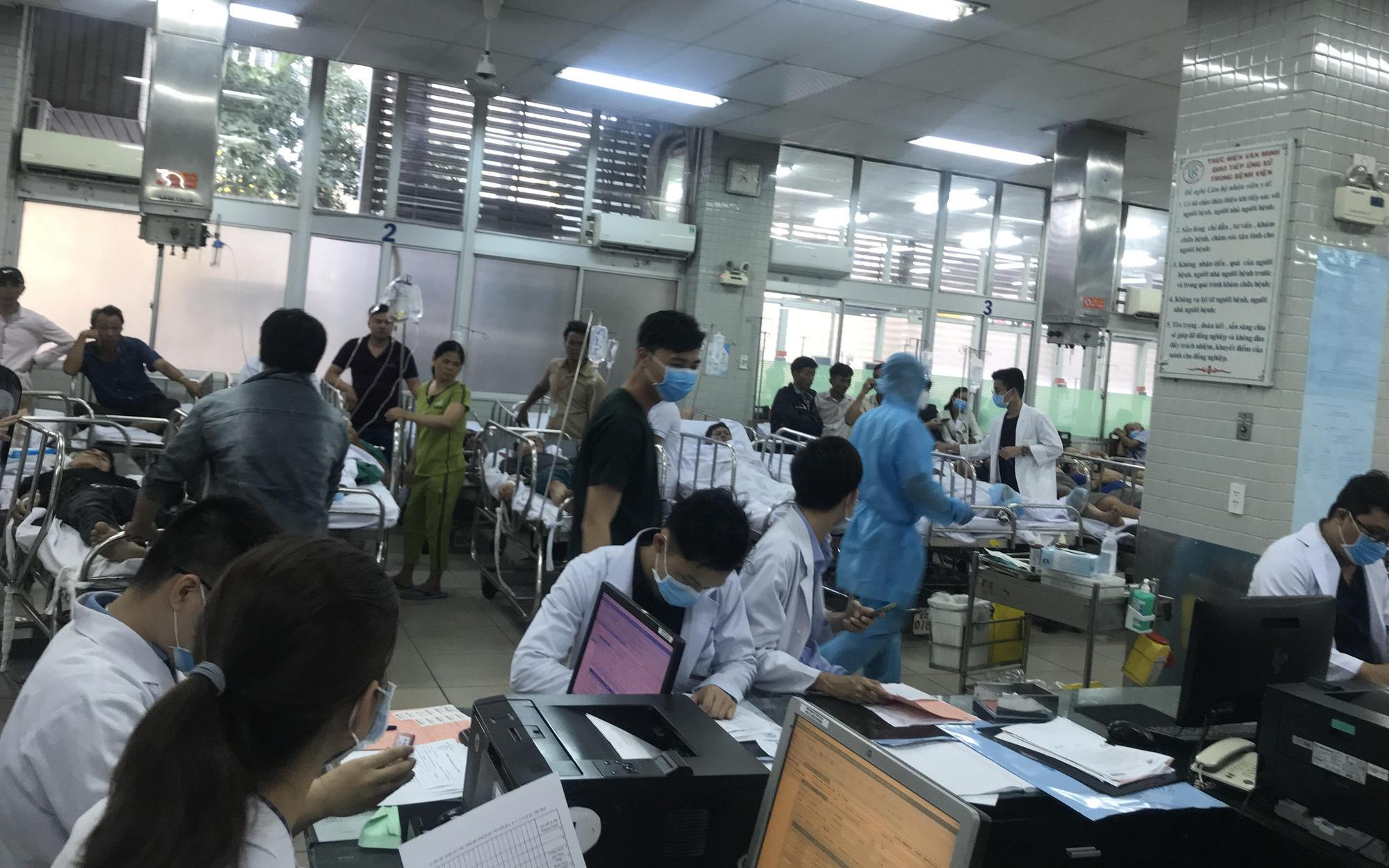 Thêm hai bệnh nhân nghi nhiễm virus corona nhập viện tại TP.HCM, bác sĩ hồi hộp chờ kết quả xét nghiệm