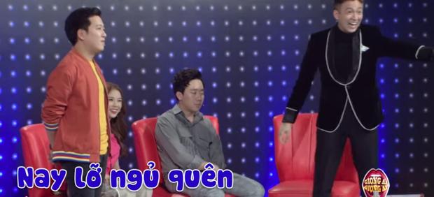 Hari Won tiết lộ lý do Trấn Thành vắt kiệt sức chạy show, khó chịu vì chồng mệt mỏi ngủ gục trong hậu trường - Ảnh 5.