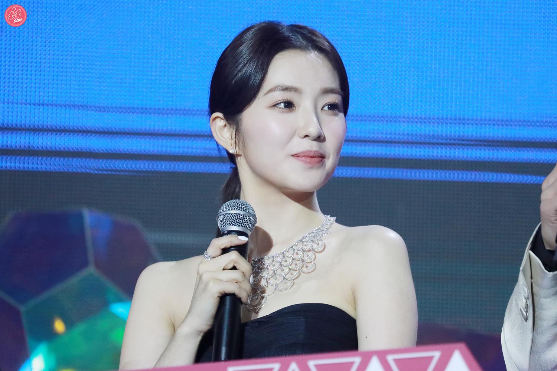 Irene (Red Velvet) đeo vòng cổ giá trị bằng cả căn biệt thự, người đâu vừa đẹp vừa sang hết phần thiên hạ - Ảnh 4.
