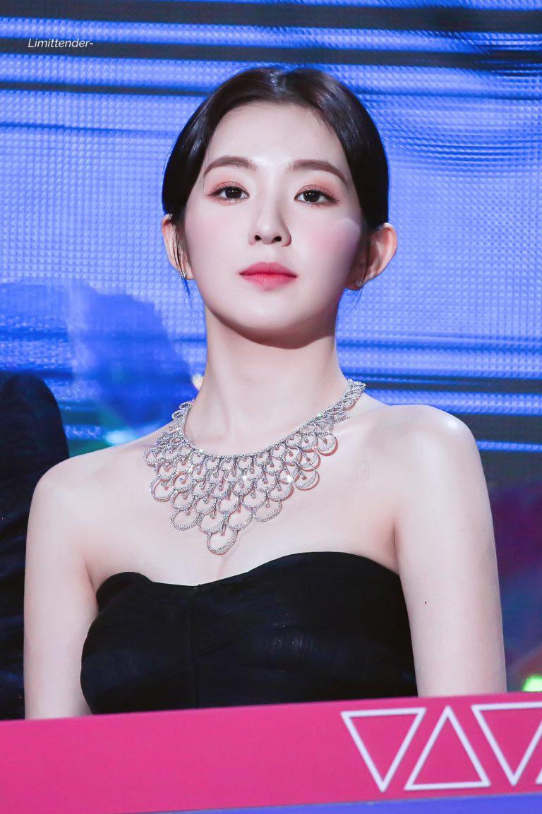 Irene (Red Velvet) đeo vòng cổ giá trị bằng cả căn biệt thự, người đâu vừa đẹp vừa sang hết phần thiên hạ - Ảnh 1.