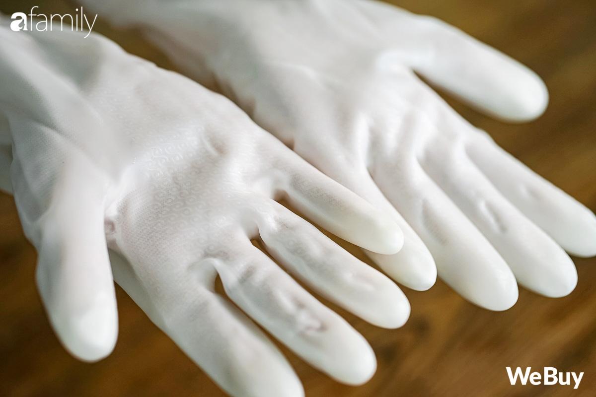 Review nhanh đôi găng tay dao đâm không thủng hot trên mạng: Dâu mới tham khảo Tết này rửa bát đỡ cóng tay - Ảnh 12.