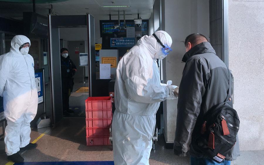 Chuyên gia Trung Quốc trả lời 8 câu hỏi chính về virus corona mới gây bệnh viêm phổi Vũ Hán