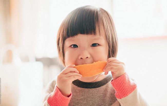 5 việc cha mẹ nên cho con làm thường xuyên trong mùa dịch bệnh do virus corona đang diễn biến phức tạp để phòng bệnh - Ảnh 4.