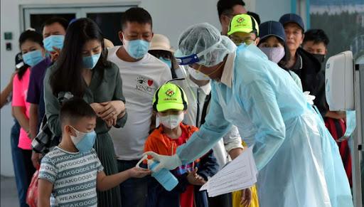 Giữa đại dịch corona, người Việt nên sử dụng phương tiện công cộng như thế nào để không sợ nhiễm dịch bệnh? - Ảnh 1.