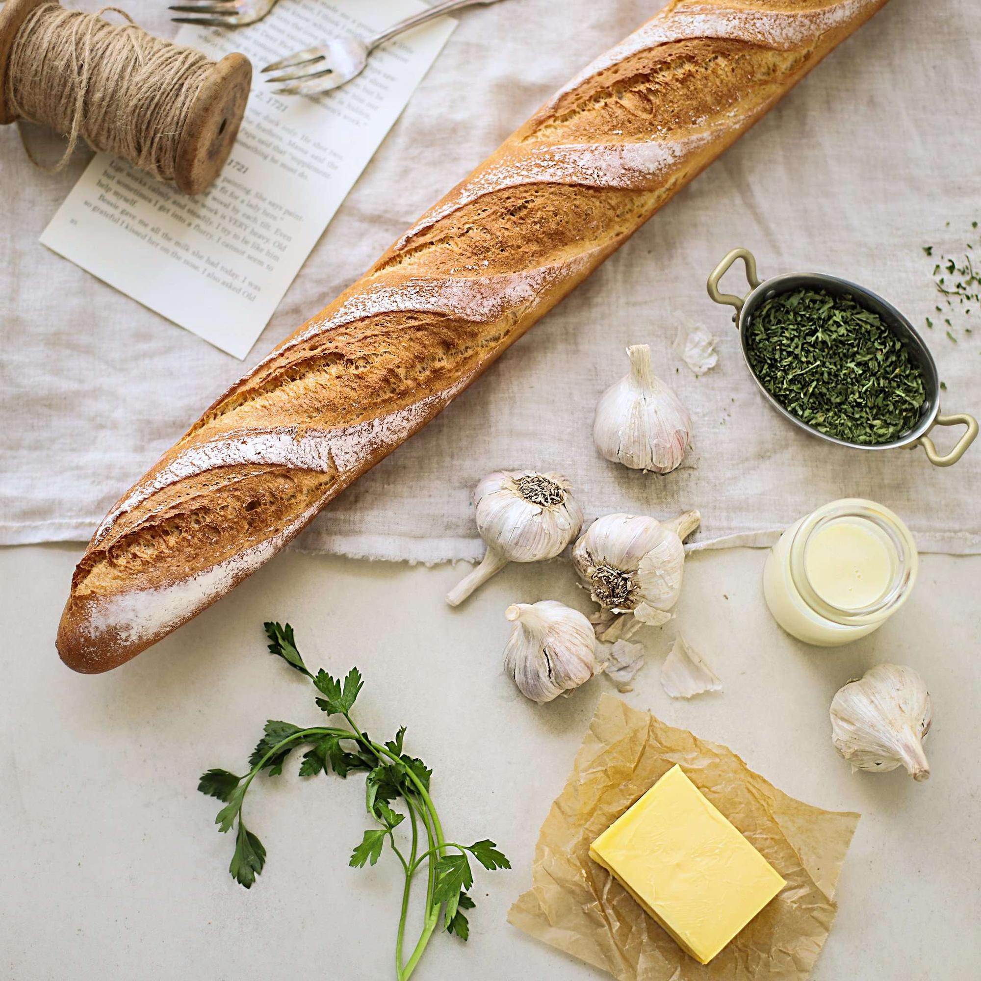 Chỉ 15 phút tôi chuẩn bị được món bánh mì nướng thơm ngon nhức nhối cho cả nhà ăn sáng! - Ảnh 1.