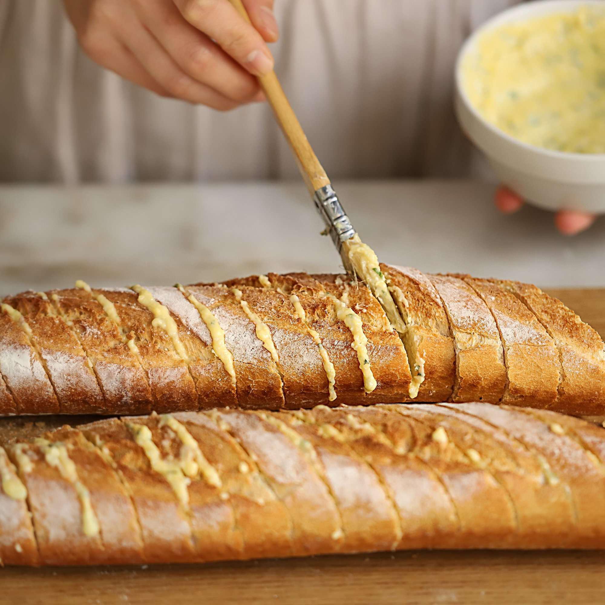 Chỉ 15 phút tôi chuẩn bị được món bánh mì nướng thơm ngon nhức nhối cho cả nhà ăn sáng! - Ảnh 4.